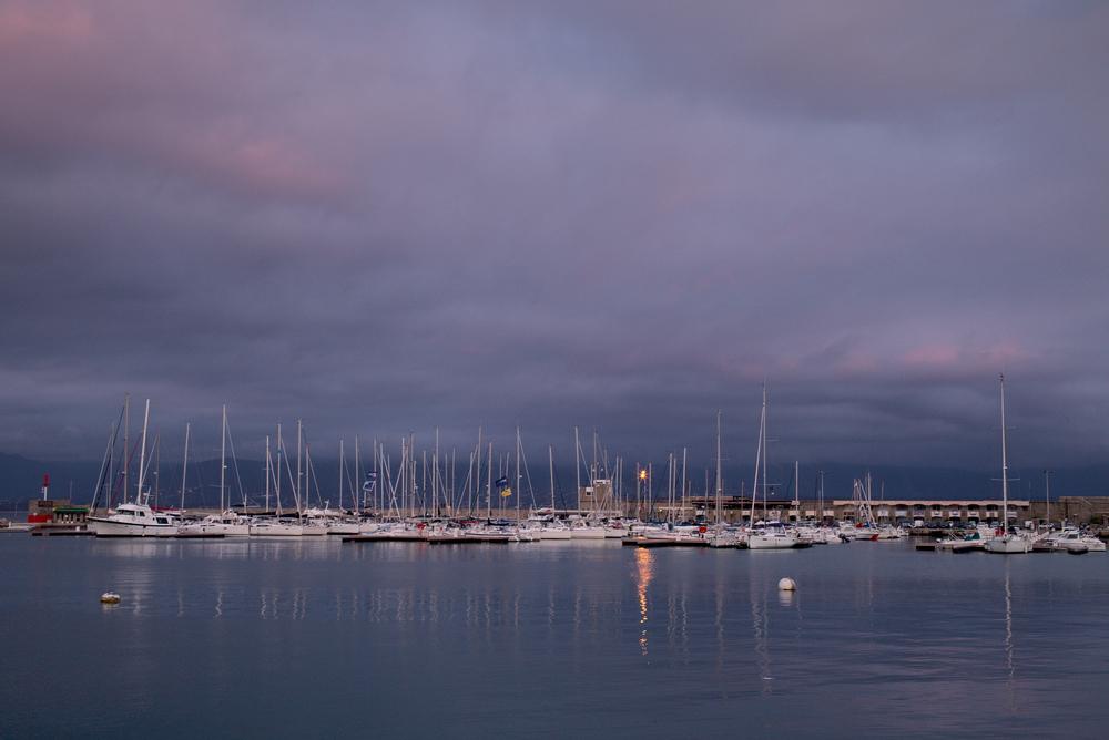 Hafen von Ajaccio: Leica M mit Summicron 35 mm @ 8.0.