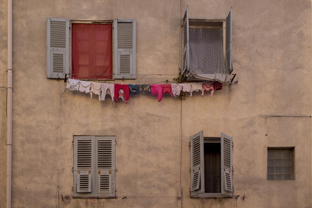 Korsischer Wäschetrockner: Leica M mit Summicron 35 mm @ 4.0.