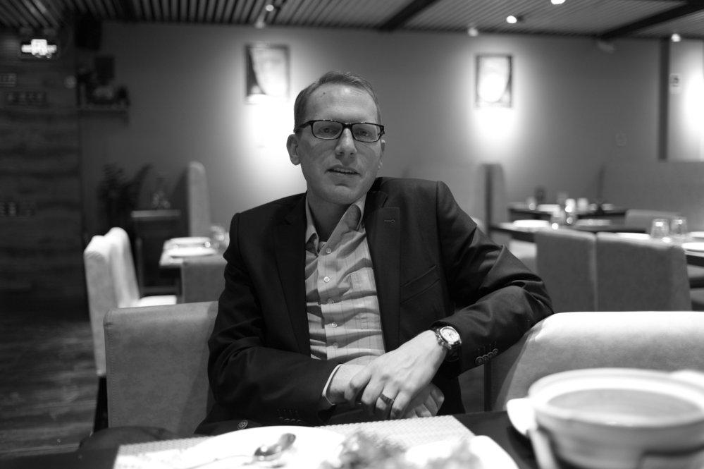 Portrait von Mathias Kuepper, CEO Kölnmesse Beijing (fotografiert mit Leica MM).