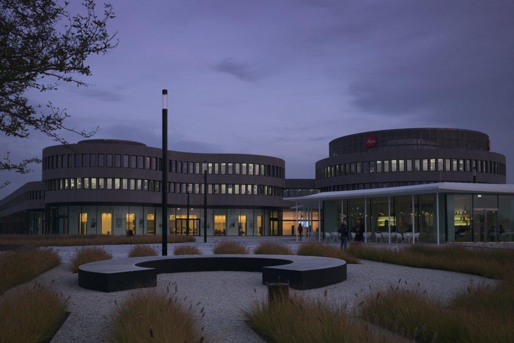 Leica Firmenzentrale im Leitz-Park. Fotografiert mit Leica M und Summicron-M 35 mm @ 4.0.